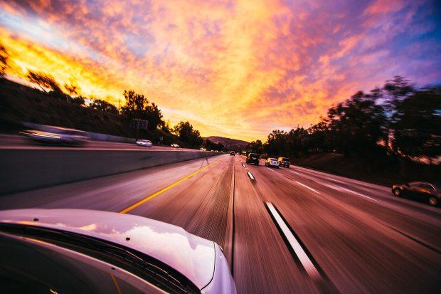 action-asphalt-automobile-593172.jpg